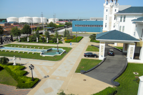 Head office complex